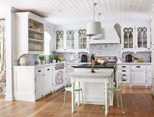 Glamorous yet classy White Kitchen