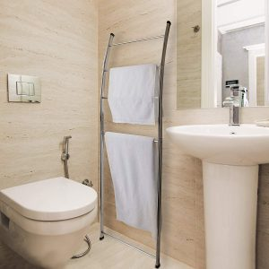Bathroom storage idea ladder style